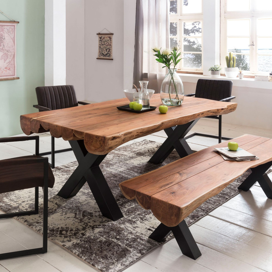 Esstisch vollholz aus baumst mme mit metallbeine for Design esstisch vollholz
